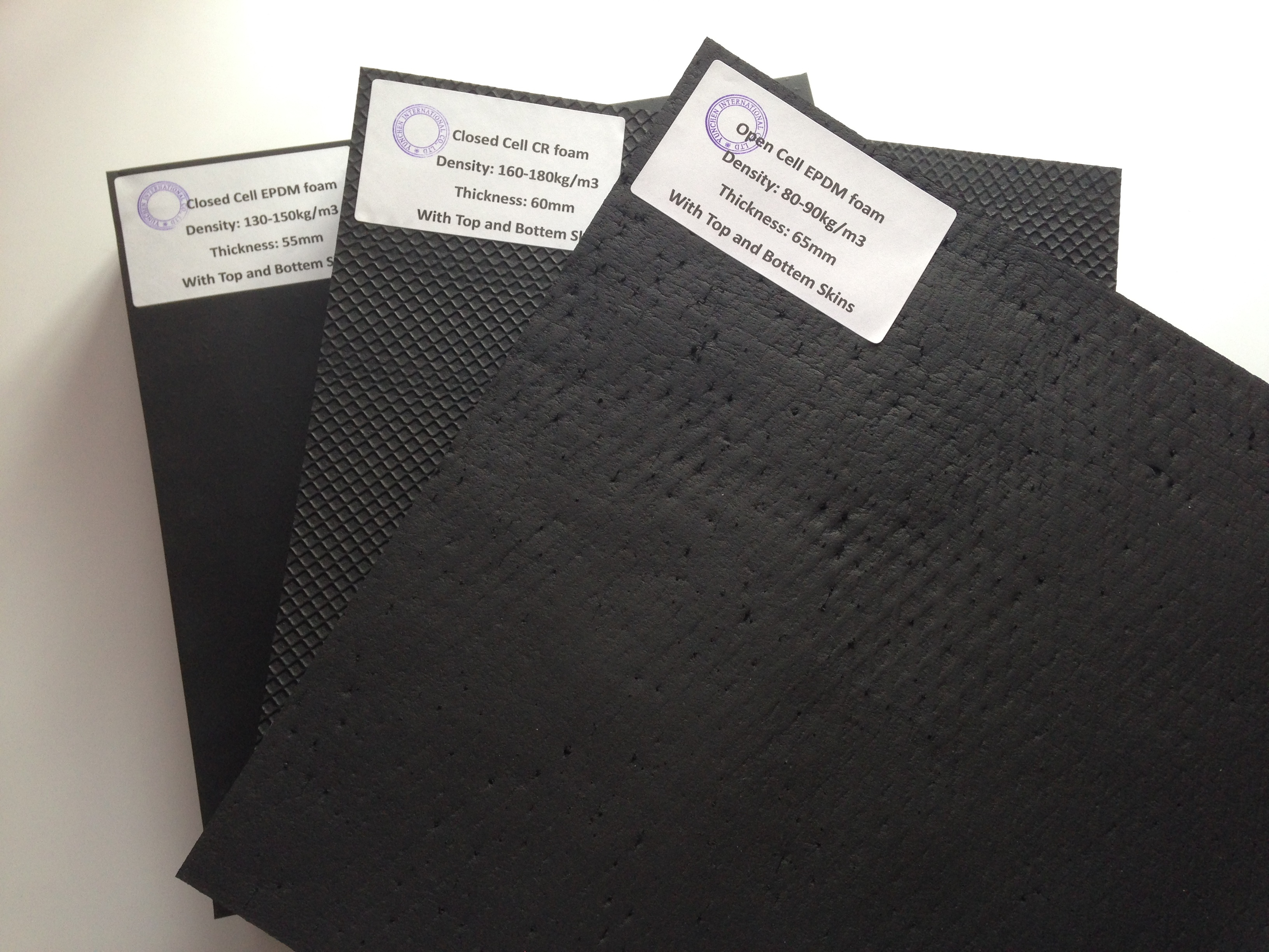 Rubber foam blocks with skins for industry